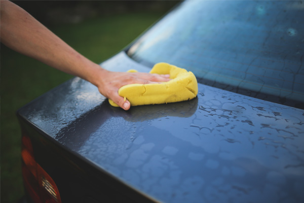 dont-drop-the-soad-or-the-sponge-or-yourself-because-it-will-collect-grit-and-sand-and-you-will-sandpaper-your-car